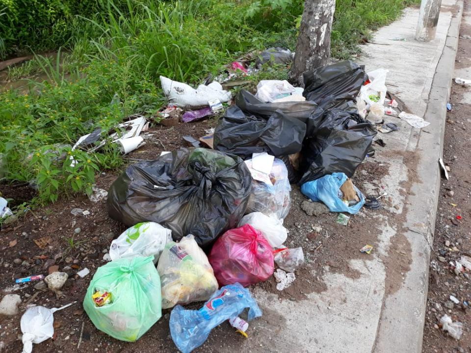 Piden participar en la recolección de basura y respetar horarios