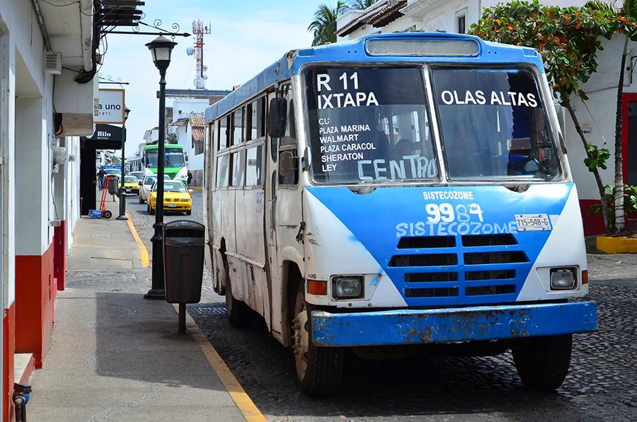 Cambio de unidades altera el servicio del transporte público en Llanitos
