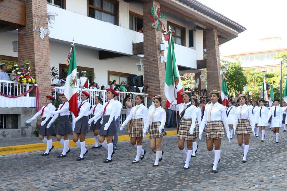 Afinan detalles para el desfile  cívico; 500 alumnos participarán