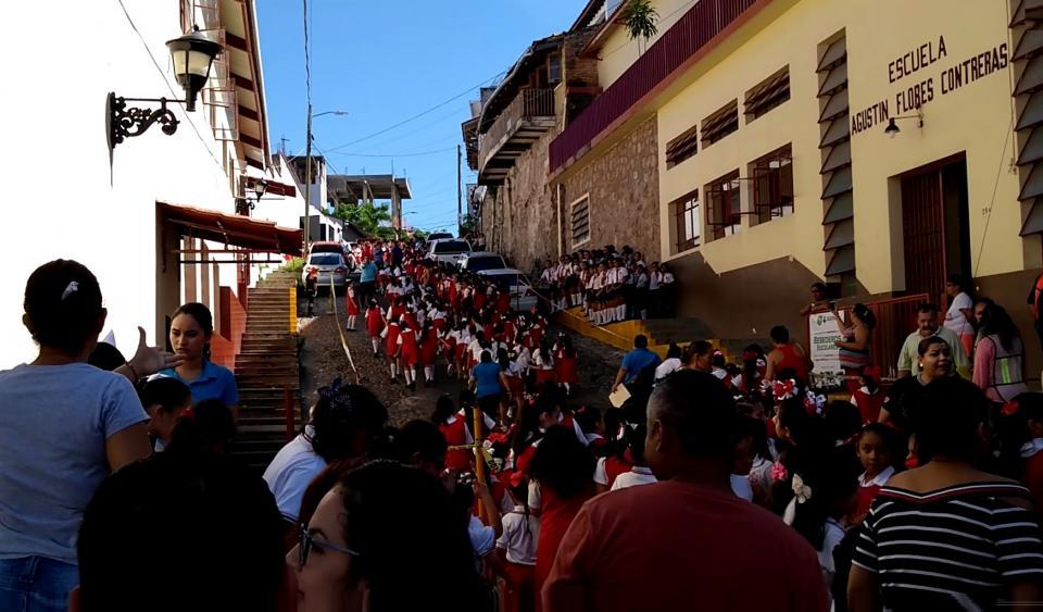 DÍA NACIONAL DE LA PROTECCIÓN CIVIL…    Se fortalece la cultura de Protección  Civil con macrosimulacro en Vallarta