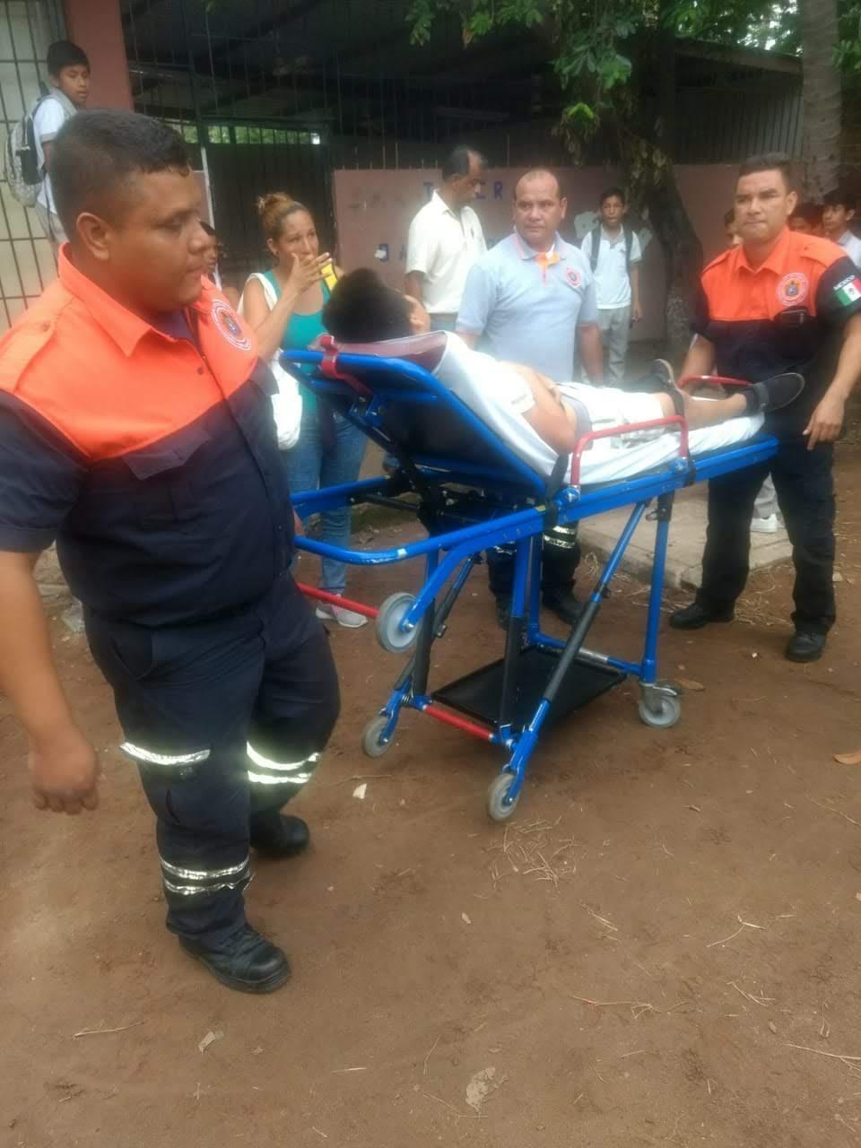 Menor herido tras ser arrojado por  un compañero de la banqueta