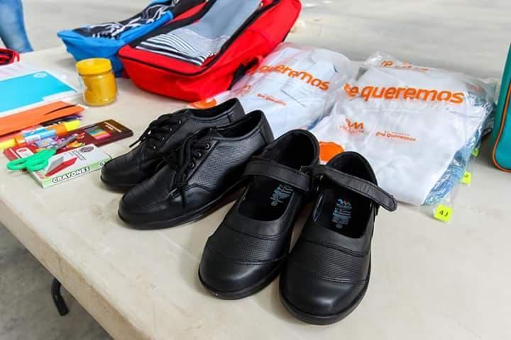 Pendiente entrega de útiles escolares y uniformes en escuelas de Puerto Vallarta