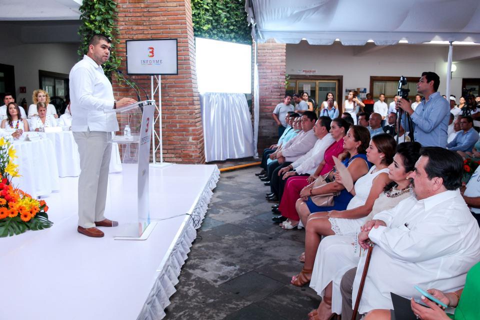 Reconocen alcaldes de Cabo Corrientes y Bahía de Banderas    Transparencia y honestidad en el gobierno de Puerto Vallarta