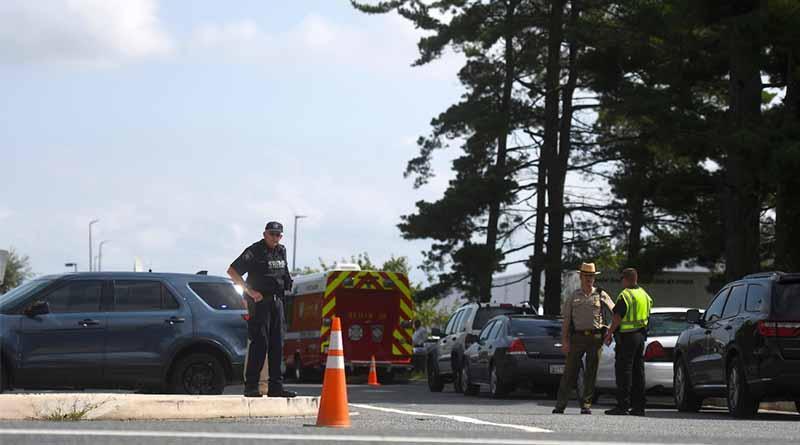 Una mujer mata a tres personas en un tiroteo en EEUU y se suicida