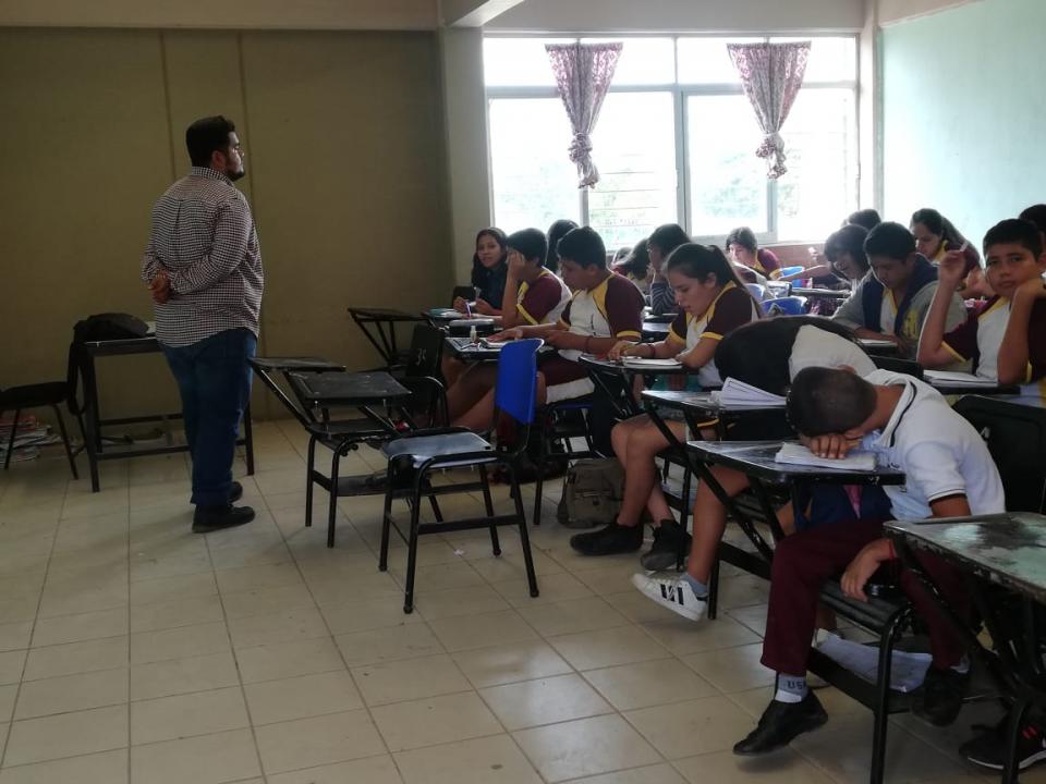 EN VALLARTA Y TODO JALISCO…    Por falta de pago, suspenden clases en escuelas federales