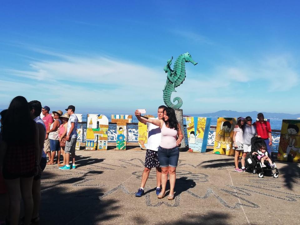 Cumple Puerto Vallarta las expectativas de los  turistas este fin de semana largo