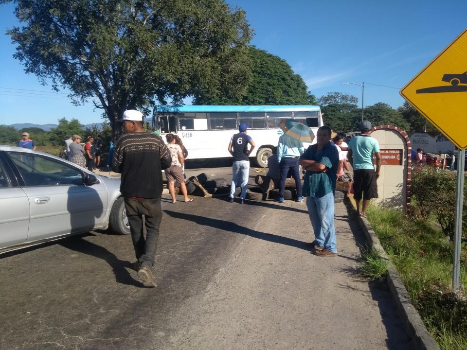 Protestan por la eliminación de  la ruta Vallarta – El Ranchito