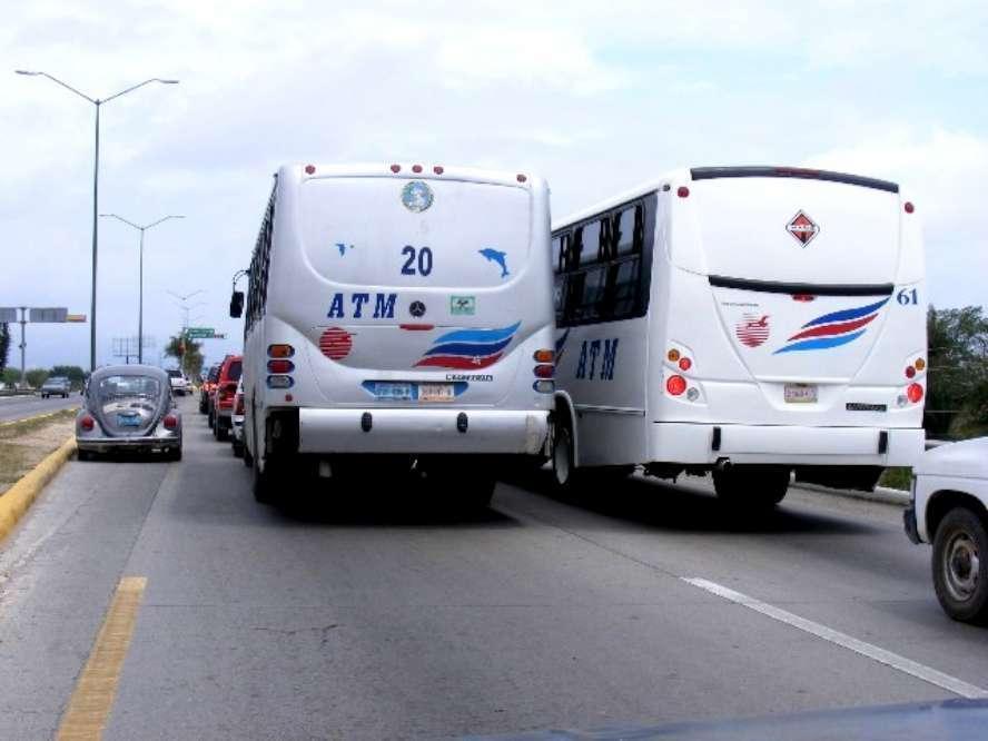 Prometen regularizar transporte público de Bahía el próximo año
