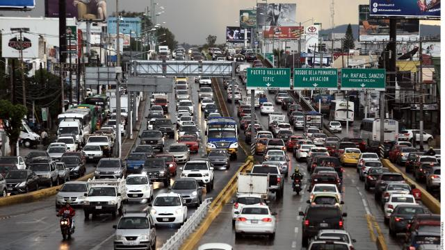 Circularían un 30% más de vehículos en Jalisco