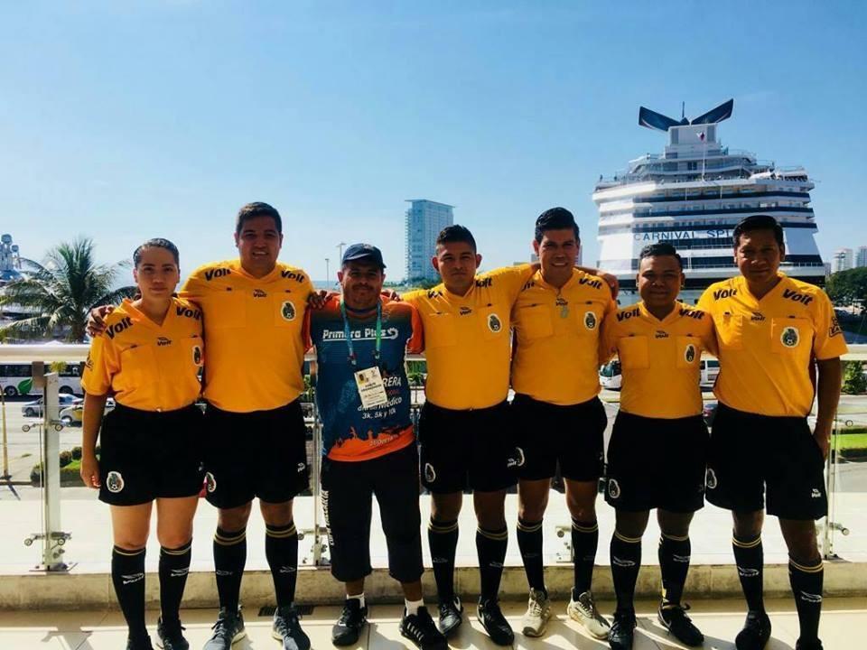 Convocan a capacitación  para árbitros de fútbol