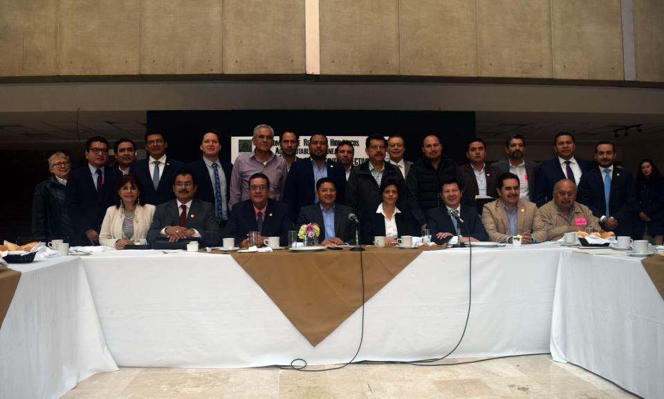 Participa Seapal en reunión de trabajo con la Comisión de Recursos Hidráulicos