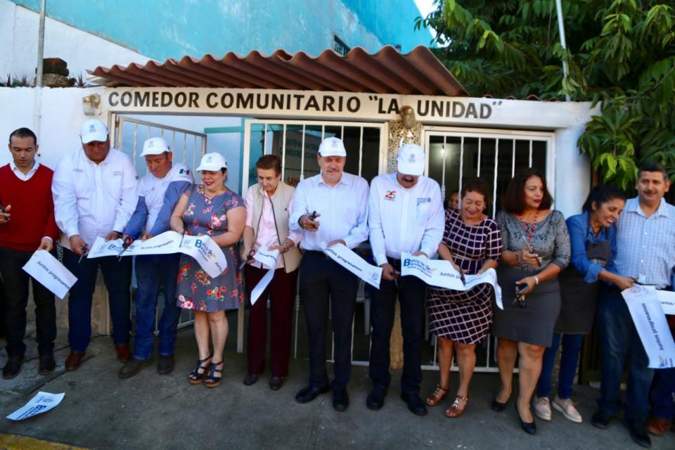 Inaugura Jaime Cuevas Comedor Comunitario en Bucerías