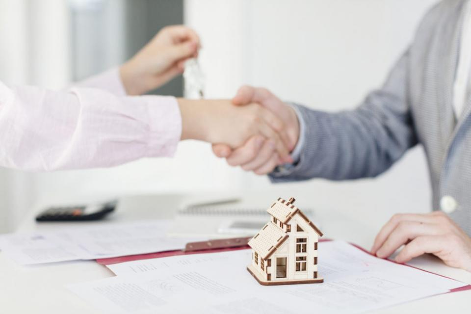 La mejor forma de comprar casa segura ante el rezago de vivienda