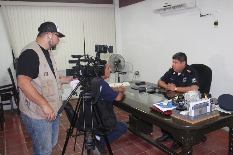 Concilian desencuentro entre  la policía y comunidad LGTB