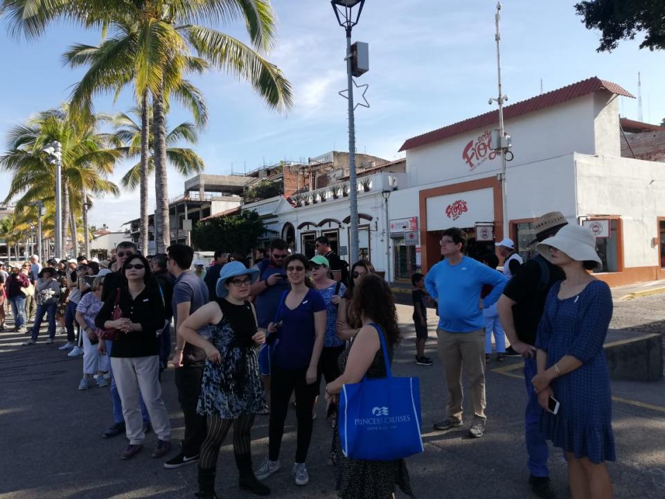 Obligatorio visitar el malecón de Puerto Vallarta