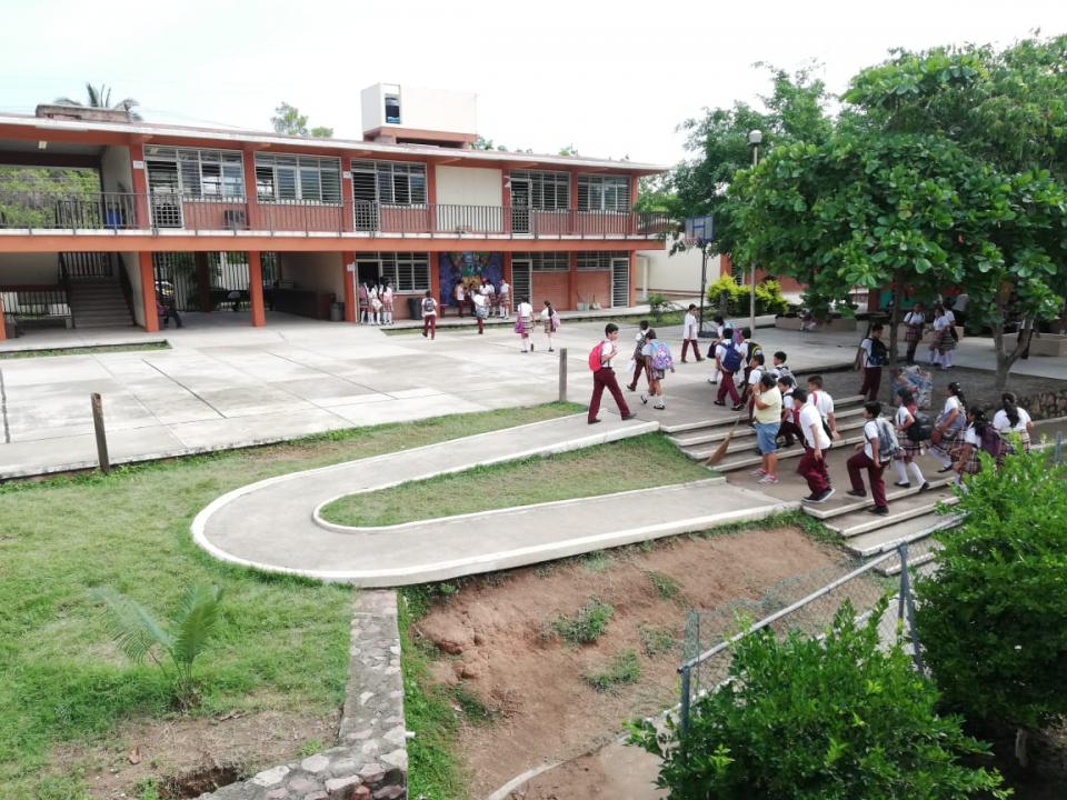 Inicia receso escolar en Puerto Vallarta ; de  Vacaciones 58 mil alumnos