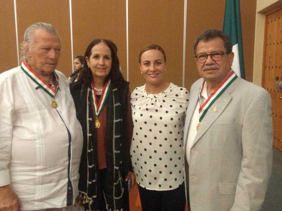 """Presentan el libro """"Puerto Vallarta  2018, Temas del Centenario"""""""