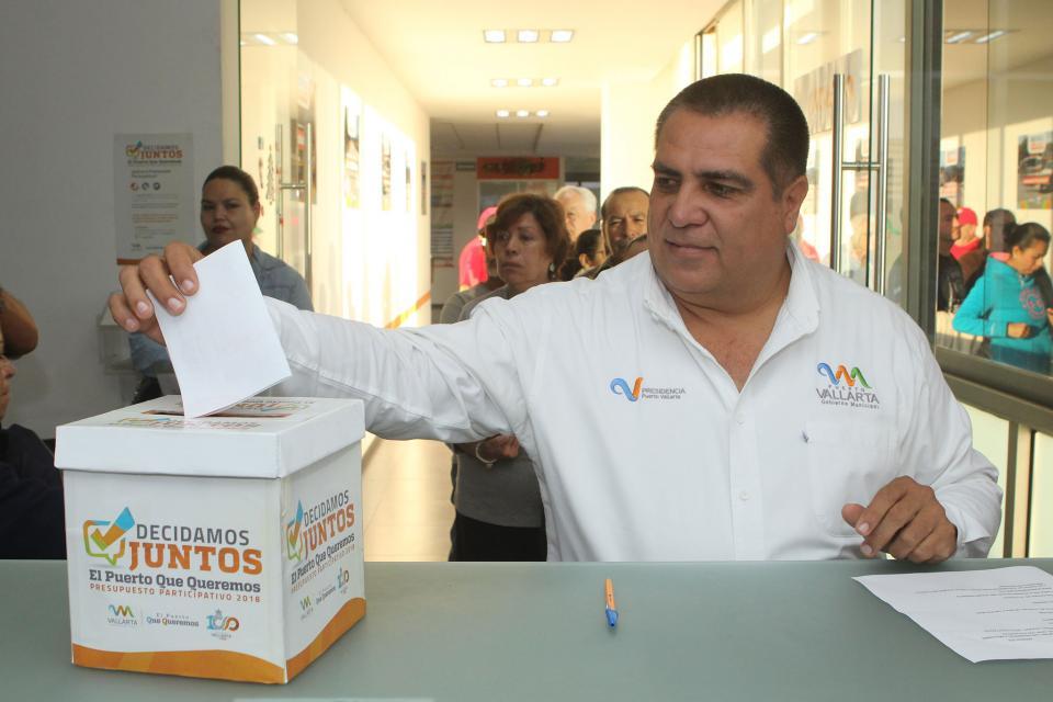 Ciudadanos formarán parte de las decisiones de Puerto Vallarta