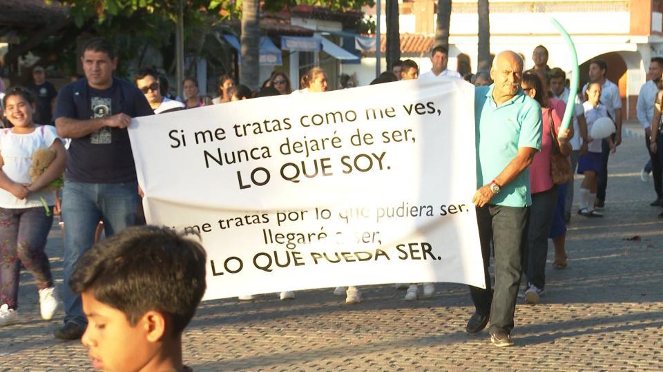 Marcha por Día Internacional de las Personas con Discapacidad en Puerto Vallarta