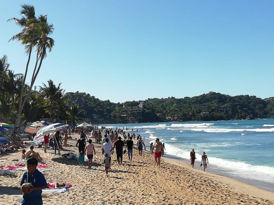 Crece la afluencia de turistas en  las playas de Bahía de Banderas