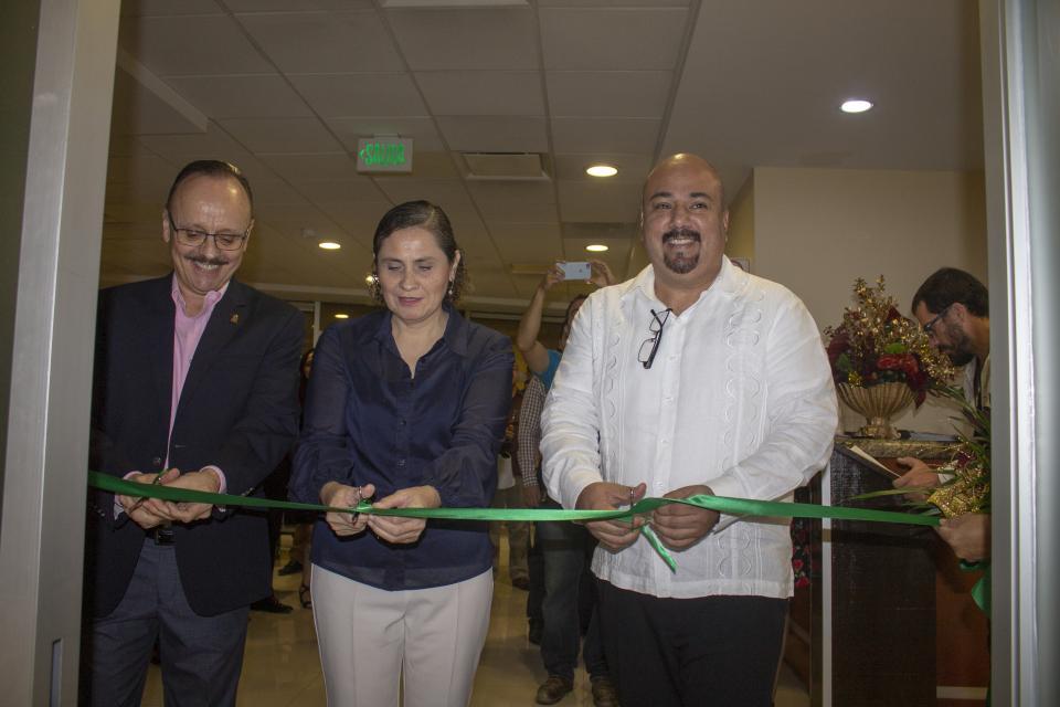 Celebra hospital San Javier Riviera  siete años de servicio con sonrisas