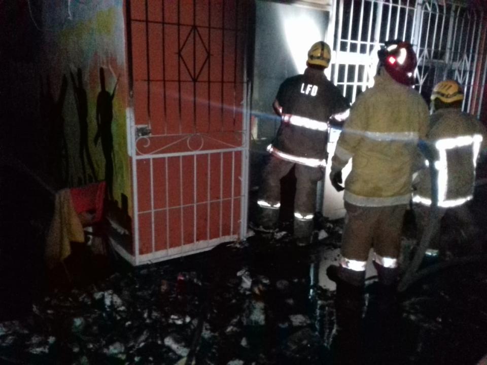 Incendian escuela en San José del Valle