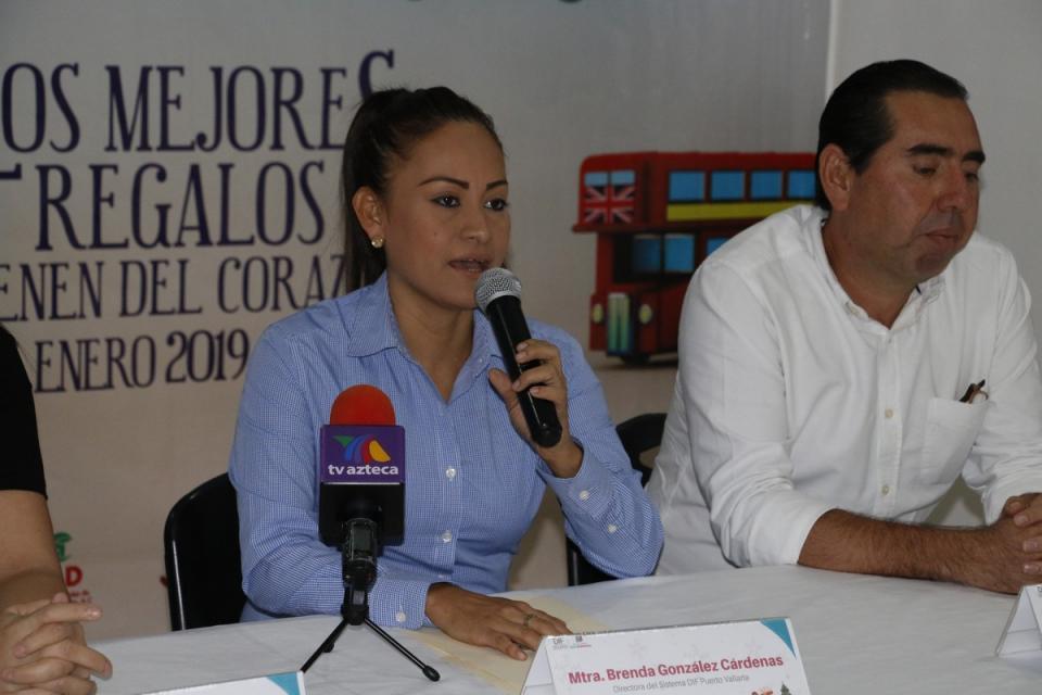 Invita DIF a la ciudadanía a formar parte de la campaña Juguetón