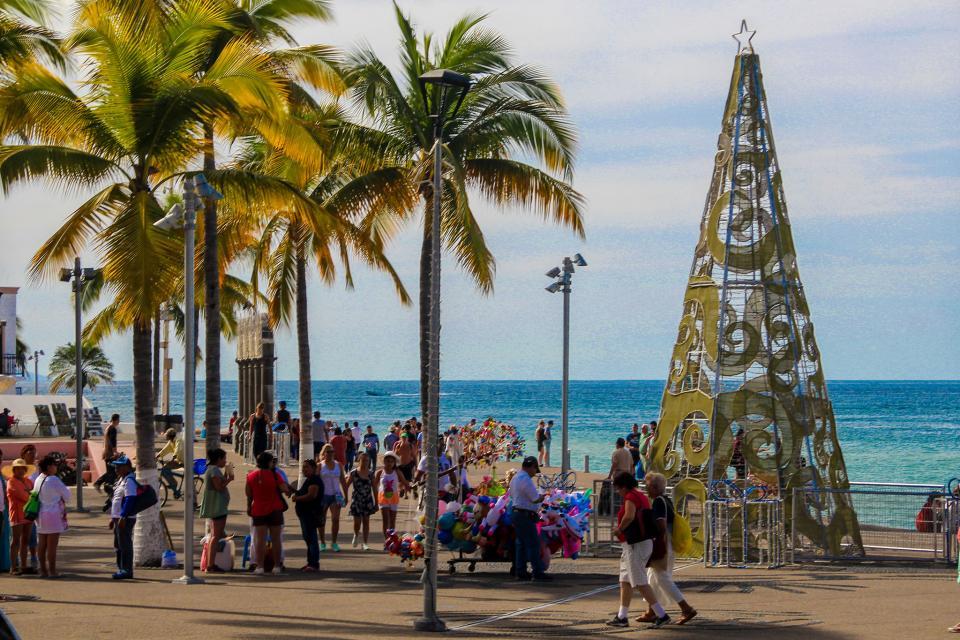 Todo listo para la celebración de fin de año en Puerto Vallarta