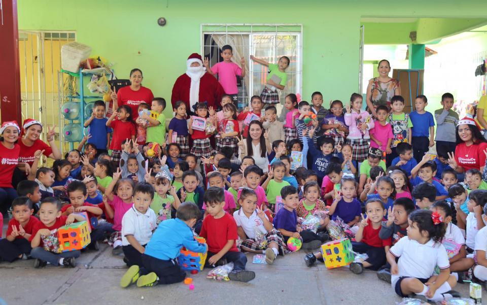 """Inicia campaña """"Una Navidad de Esperanza"""" para todos los niños de Bahía de Banderas"""