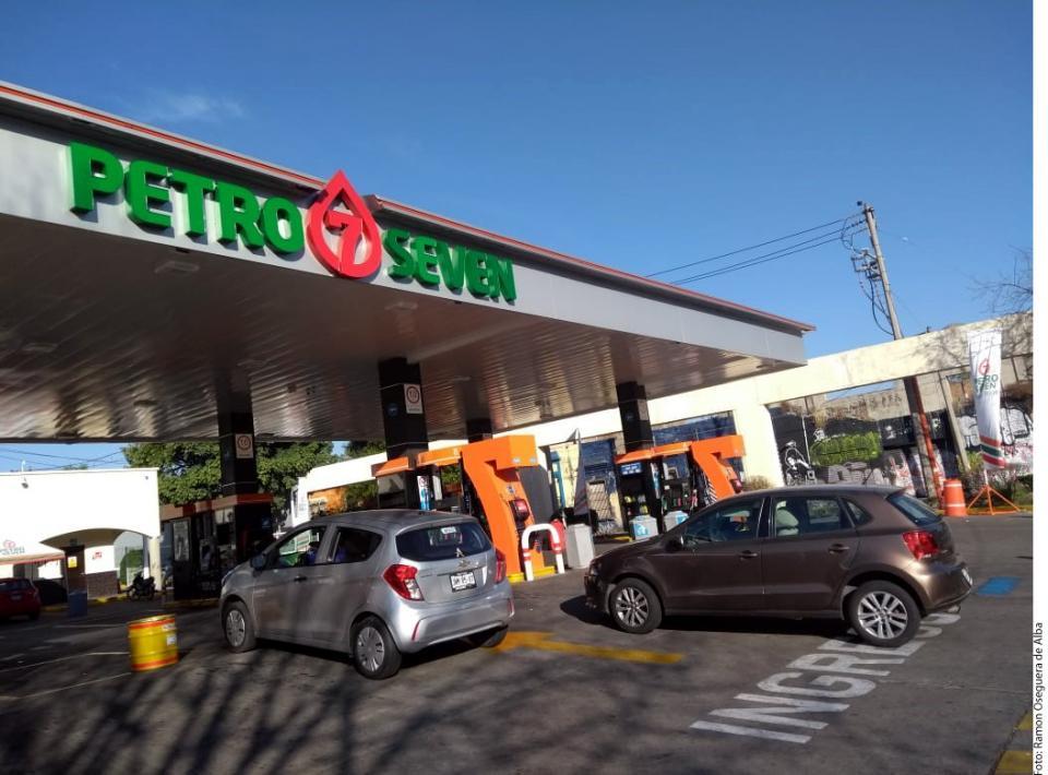 Desconcierta desabasto de gasolina en Jalisco