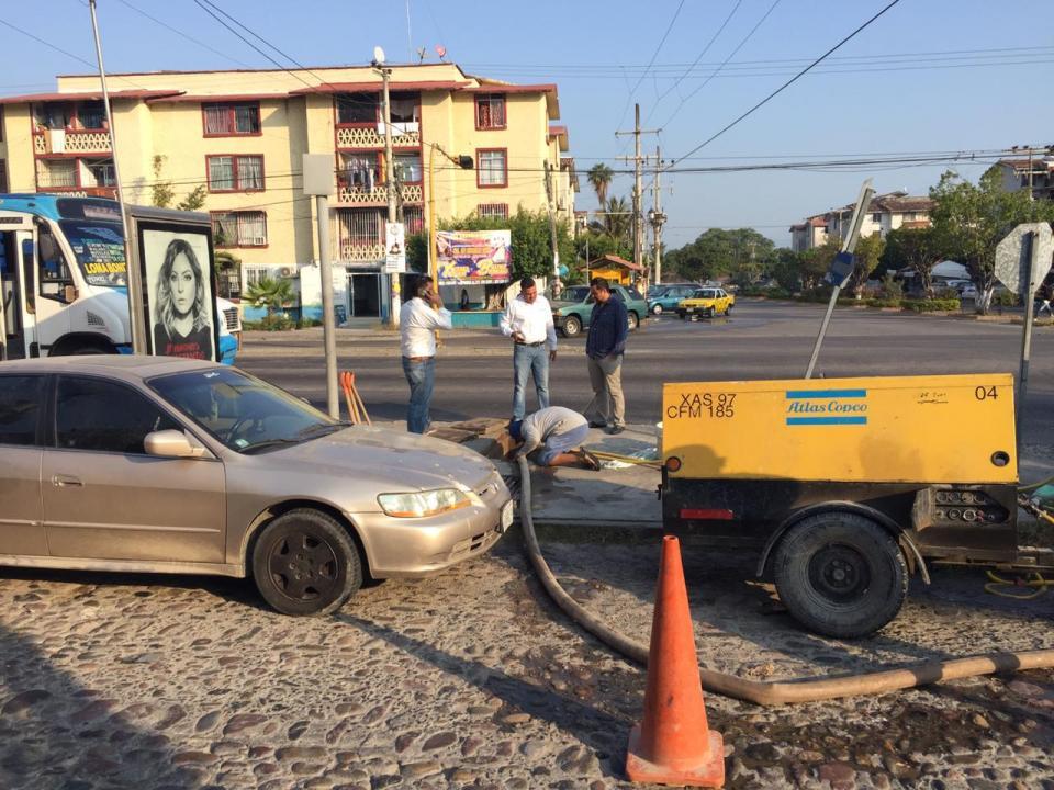 Buscan fuga de agua en  Palmar de Aramara