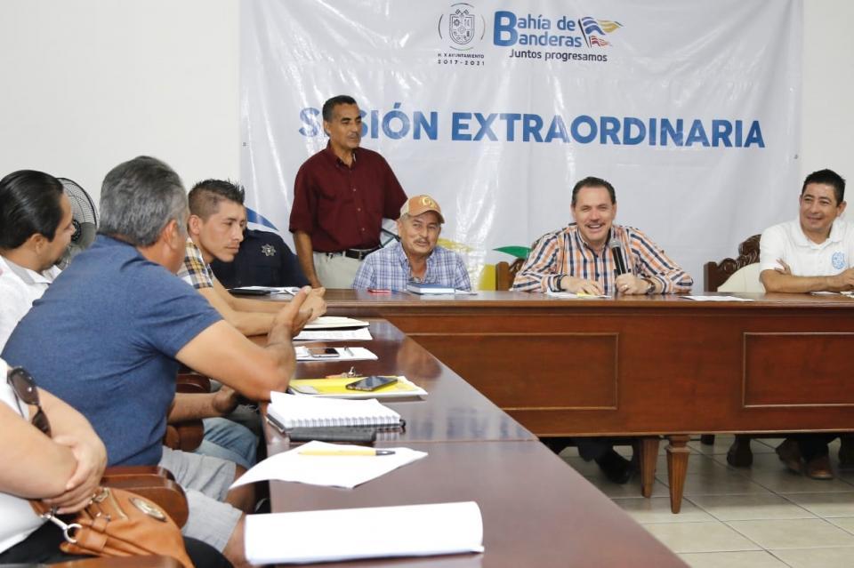 Un mismo equipo: Ayuntamiento  y autoridades auxiliares de BB