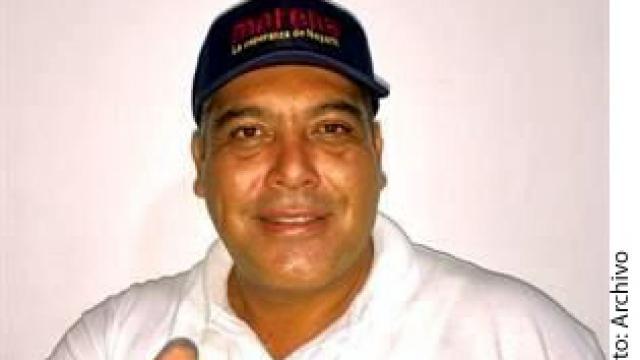 Dan prisión a tres por  crimen de periodista