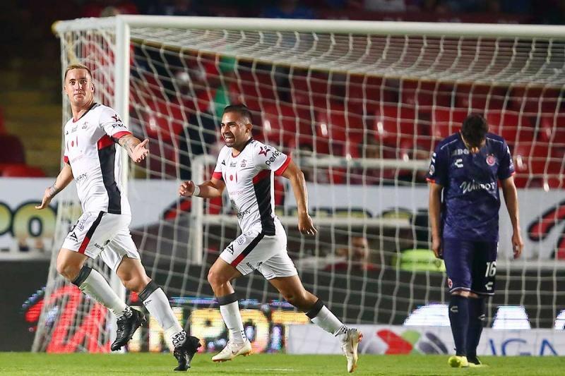 Lobos roza salvación  al vencer al Veracruz