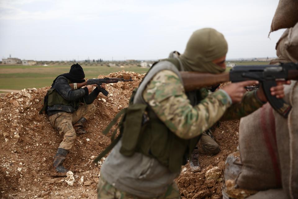Ataque del EI en Siria socava la  postura triunfalista de Trump