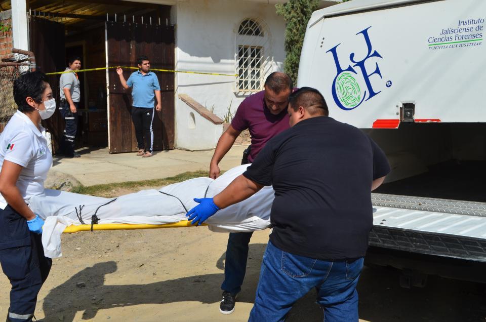 Se suicida  don Pascual