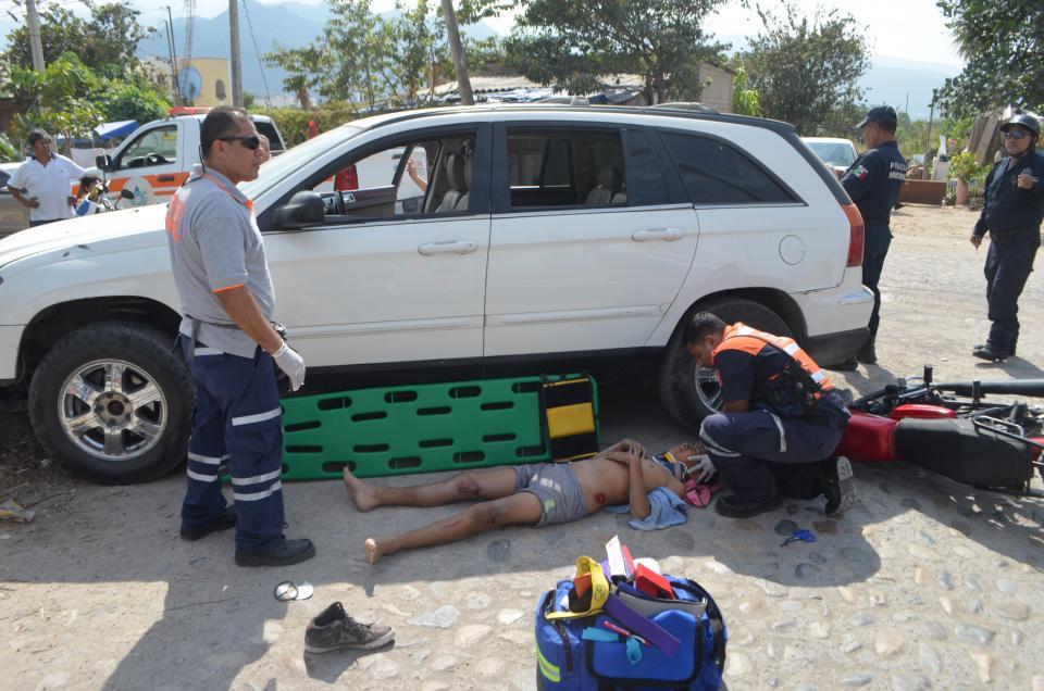 Menores heridos al  chocar en una moto