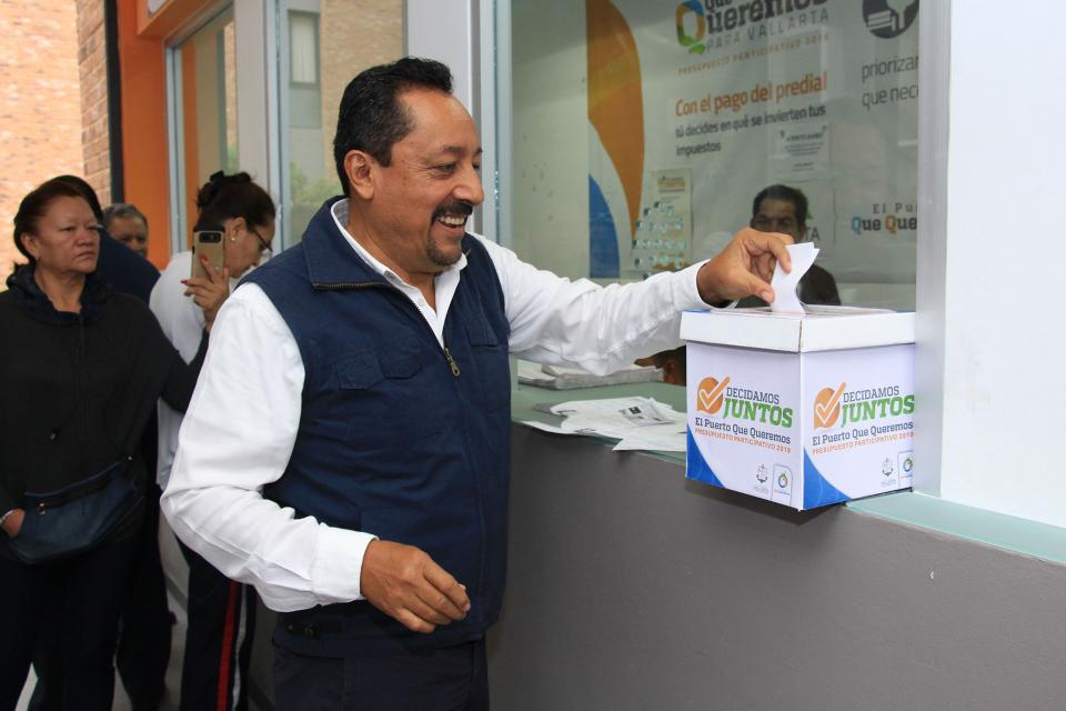 Ciudadanos decidirán destino de recursos del predial: Dávalos