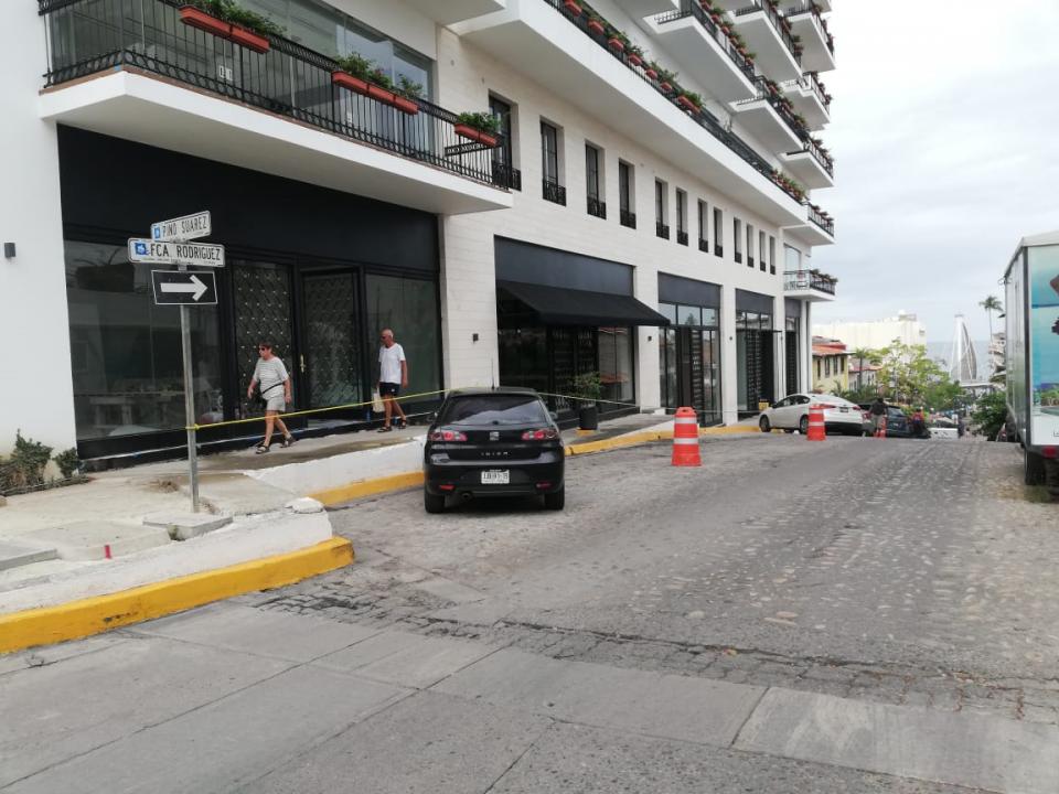 Reconocen permisos para acordonar estacionamientos
