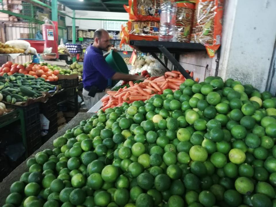 Se registran aumento de  precios huevo y limón