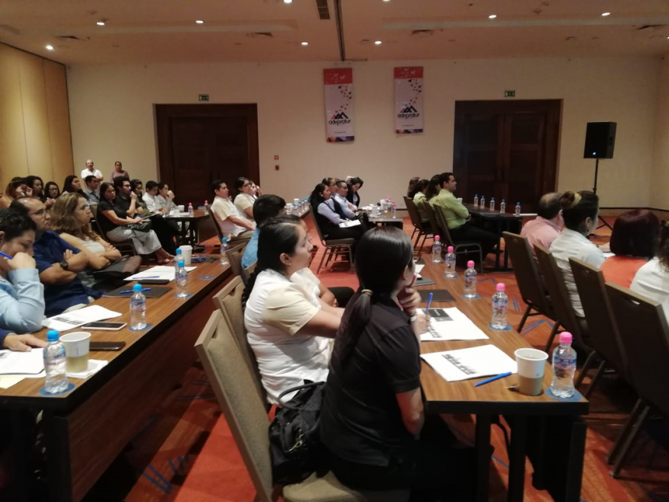 """Imparten curso """"Reforma Fiscal  2019"""", organizado por Adeprotur"""