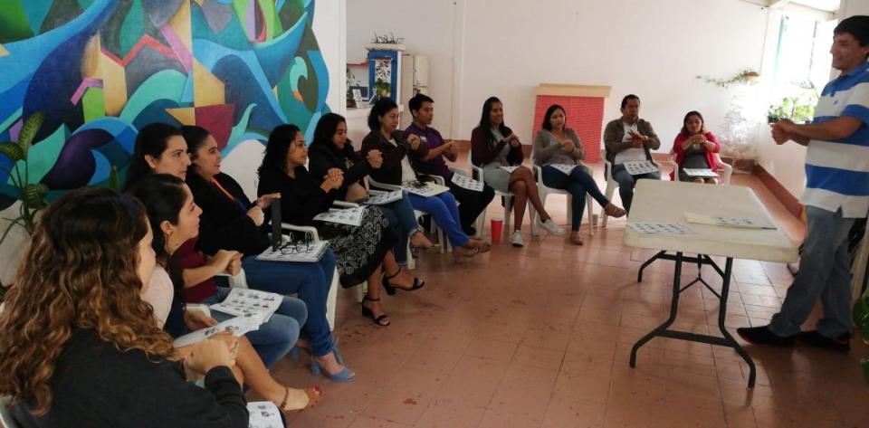 Imparte Sistema DIF taller de  Lengua de Señas Mexicanas