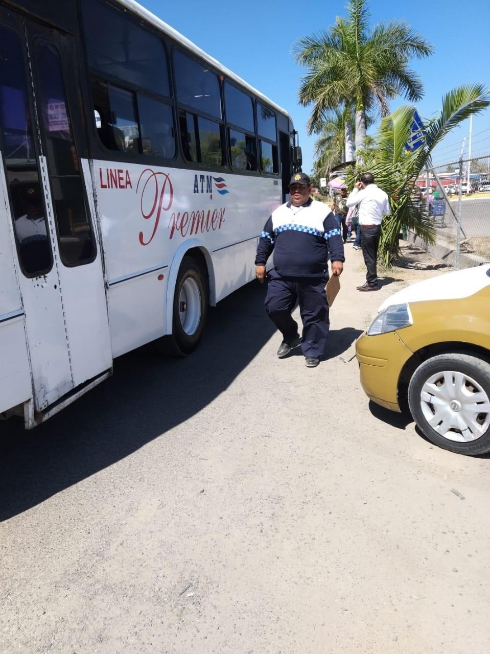 Siguen quejas contra  Transportes Medina