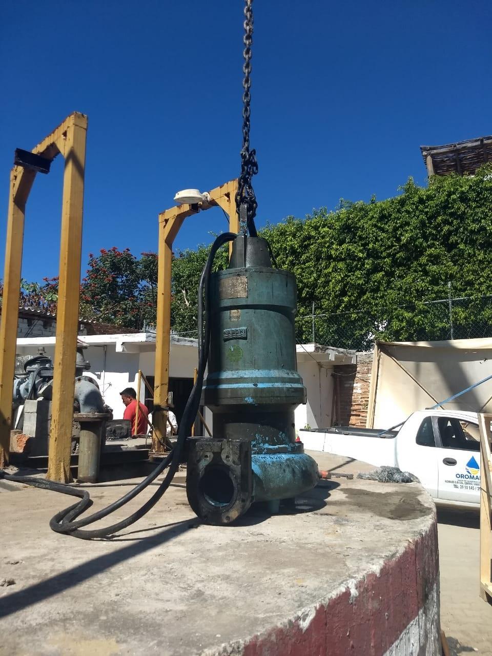 Vecinos de Bucerías utilizan  el drenaje como basurero