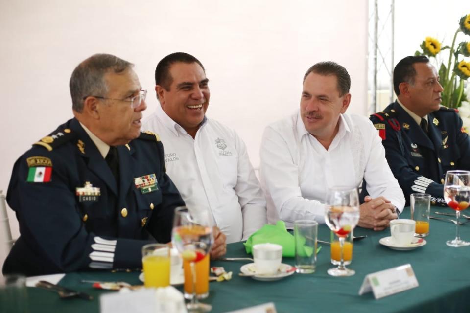 Presente Bahía en el 106  Aniversario del Ejército