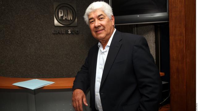 Ve ex Gobernador de Jalisco a Alfaro solo