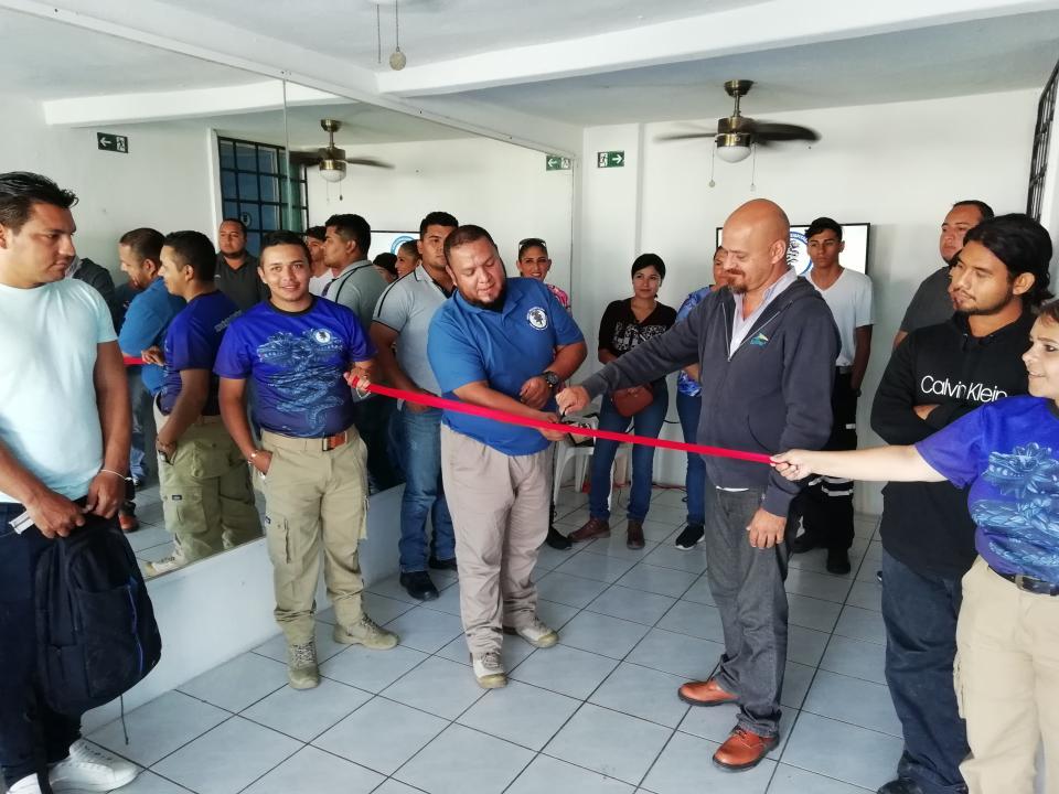 Surge escuela de paramédicos para beneficio de la región