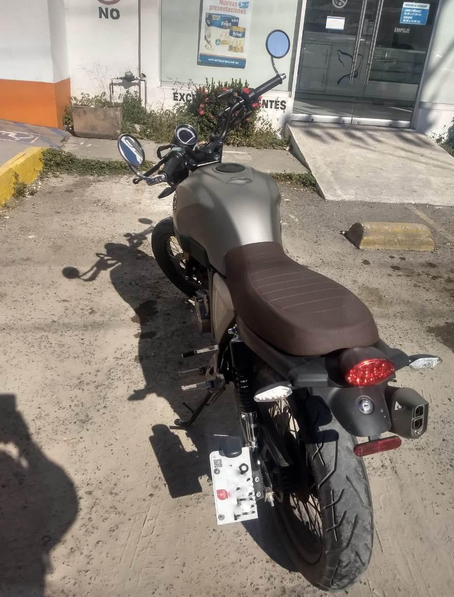 Recuperan motocicleta