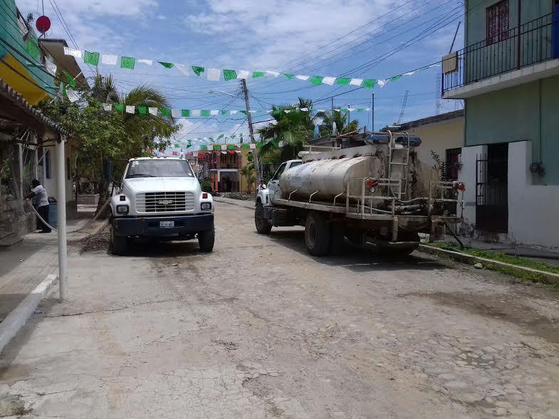 EN PUNTA DE MITA…Sufre por la falta de agua