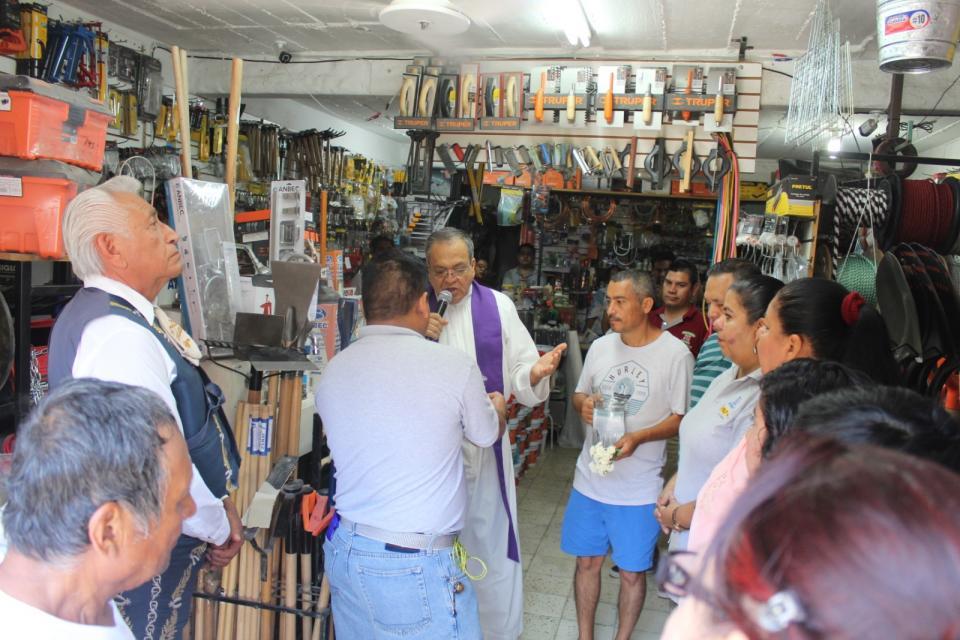 Ferretería Gradilla celebra 11 añosde trabajar con familias de Vallarta